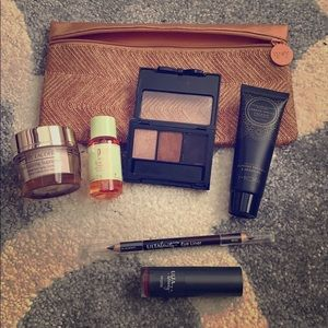 New Ipsy bag full of makeup
